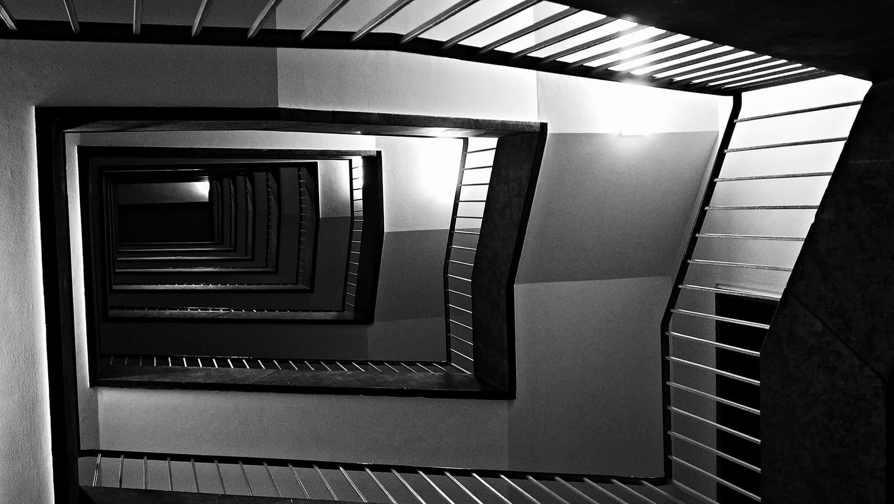 Mythos Flughafen Tempelhof und seine geheimnisvollen Orte und Wege